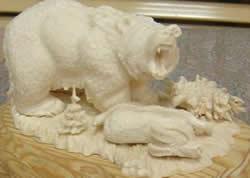 Поделки животных из стружек привез из